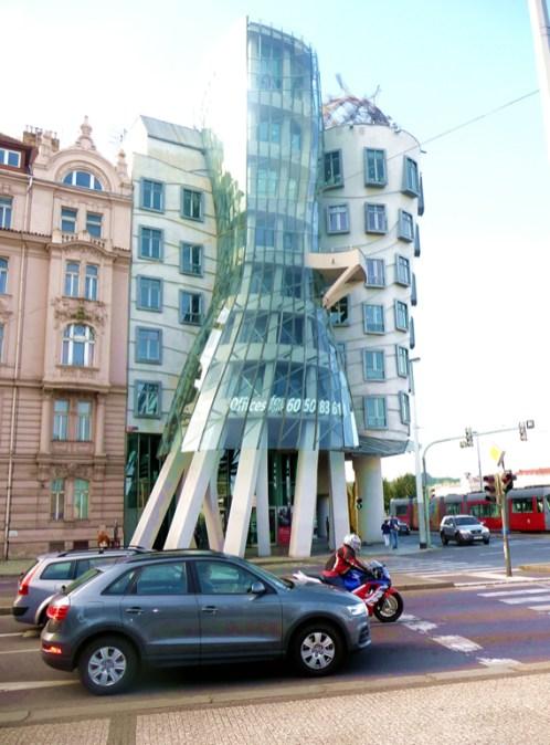 Edifício modernista em Praga
