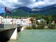 Ponte sobre o rio Inn