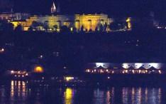 Praga, castelo, vista noturna