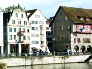 Zurich, as margens do rio Limmat