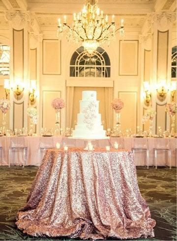 Elegantes manteles de mesa para boda de noche vintage