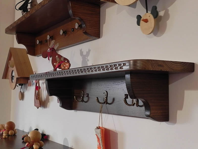 Mariposa – Craft Shelves In Sardinian Art From 110 To 125 Cm With 5 Double Hooks