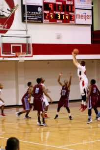 Jump shot for 2 points by Simon Clifford (12, #42)