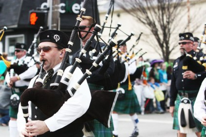 Leading into the parade, bagpipes sung a traditional Irish note. Photo by Molly Loehr