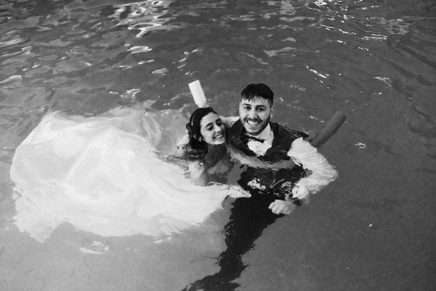 brides-swiminpool-water-happy-fun-wedding-Galice