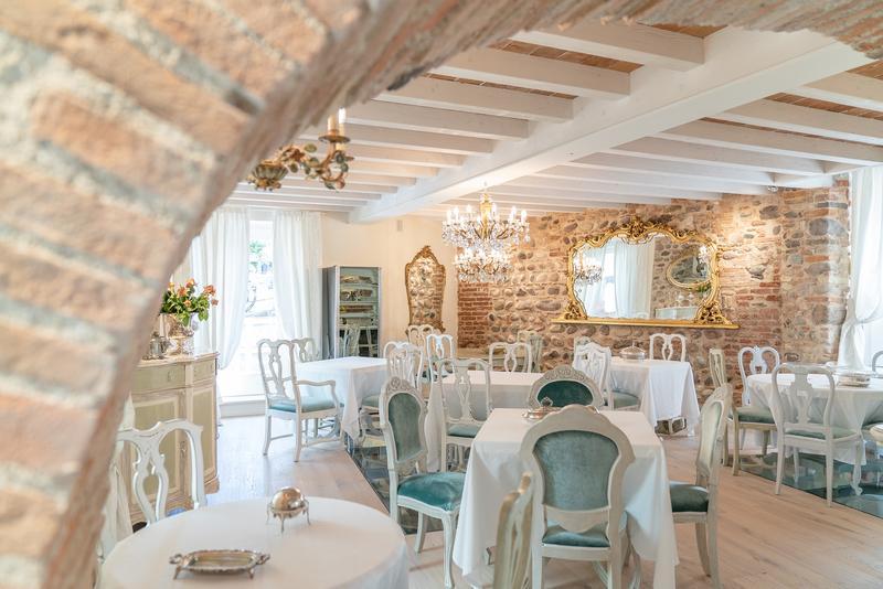 Breakfast room della Regia Rosetta Royal Rooms