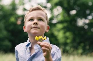 Jakob mit Blume