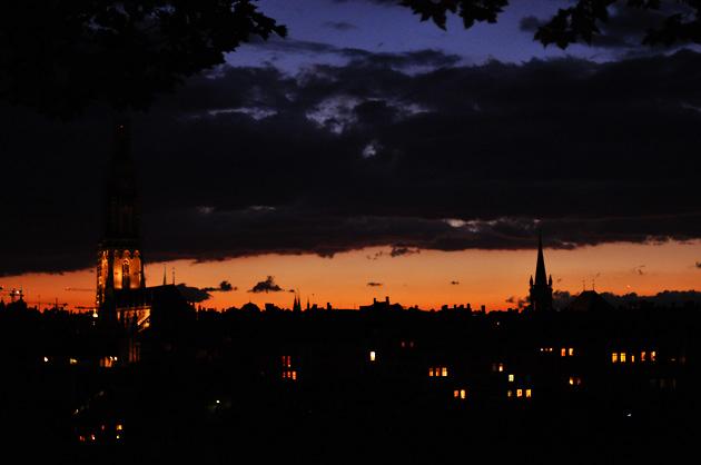 Nachtspaziergang, Nachthimmel über Bern