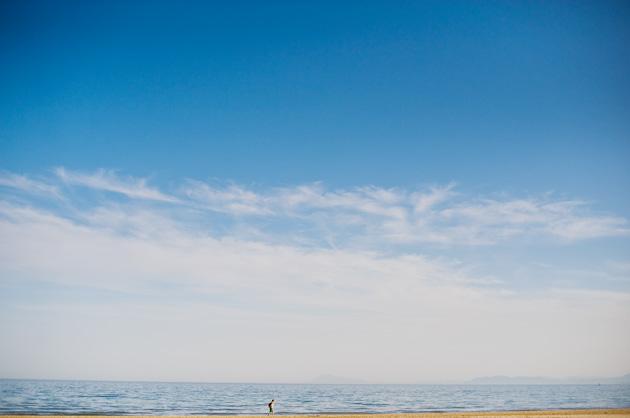 Bilder von dort – Meer, Strand und ein einsamer Spaziergänger