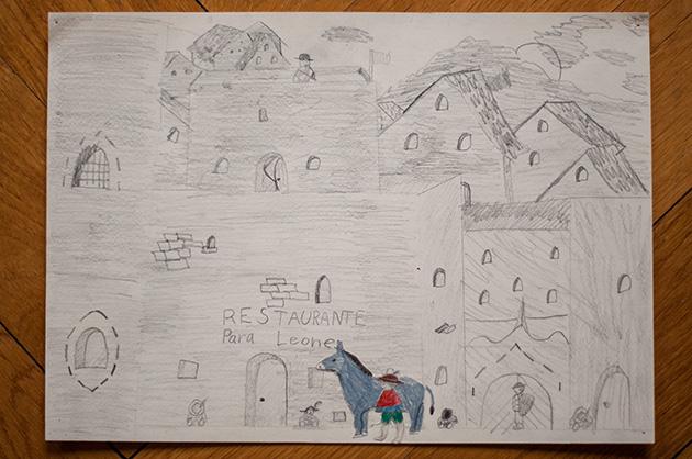 Kinderzeichnung einer Stadt mit einem Jungen und einem Esel vor dem Restaurante Para Leone