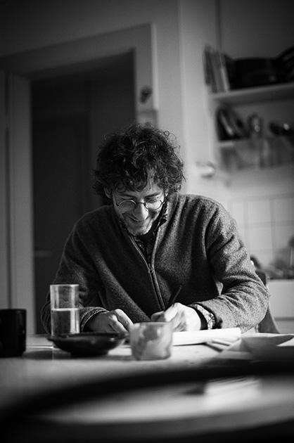 Murifeldbuch – Portrait-Foto in Schwarz-Weiss zu einem Buchbeitrag von einem Zeichner