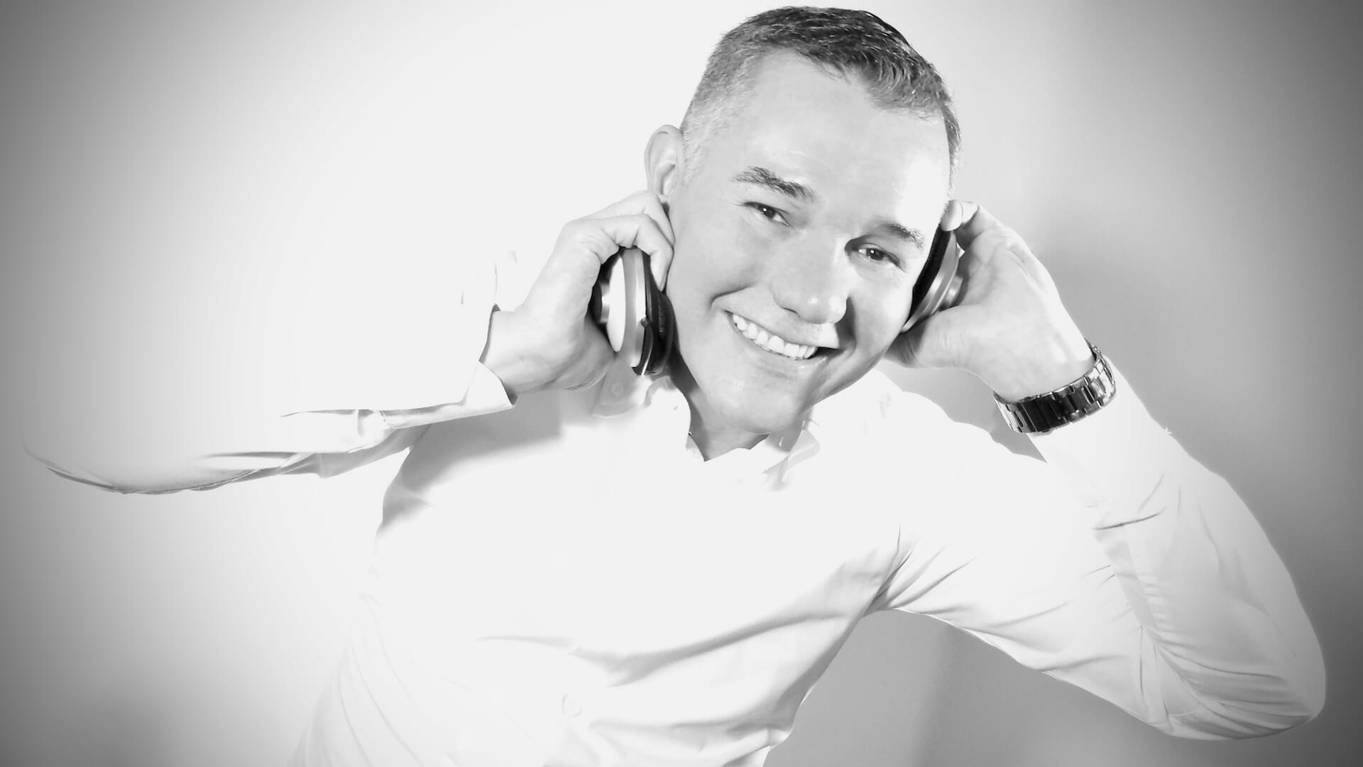 Manuel Medina - Speaker & Trainer de Psicología Comercial