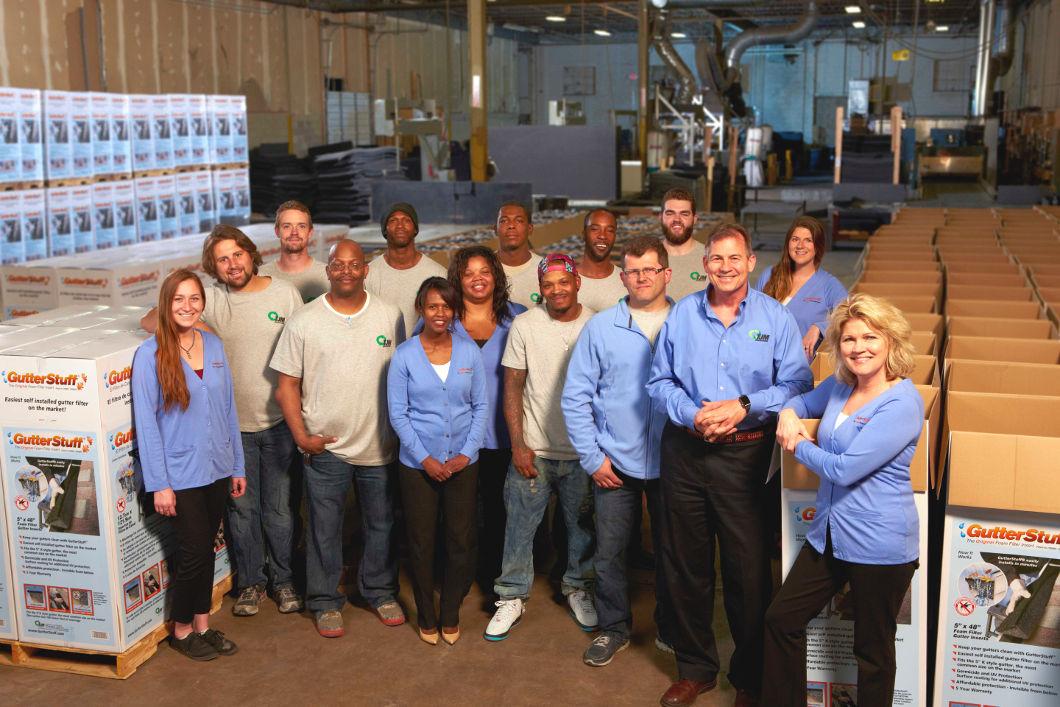 tjm-innovations-gutterstuff-cobzorb-staff-employees-shop-warehouse-group-photo