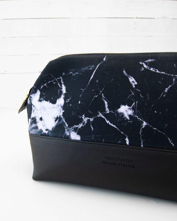 Kosmetiktasche-Kulturbeutel-Marble-Dark-Marmor-Schwarz-Slowfashion-Fairfashion-Manufaktur-Nicola-Marisa-6-