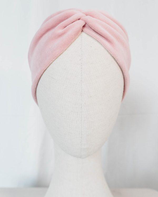 Nachhaltiges Stirnband RUFFLE LIGHT ROSE Biobaumwolle handgefertigt in Deutschland Nicky Rosa 3 scaled <ul> <li>Handgefertigt in Deutschland</li> <li>100% Baumwolle (Bio)</li> <li>vegan</li> </ul>