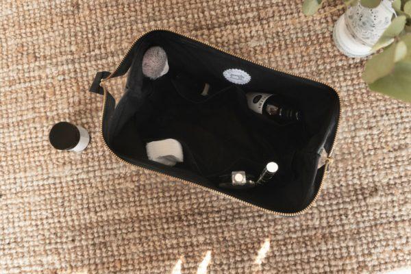 Handgefertigte Tasche made in Germany in schwarz
