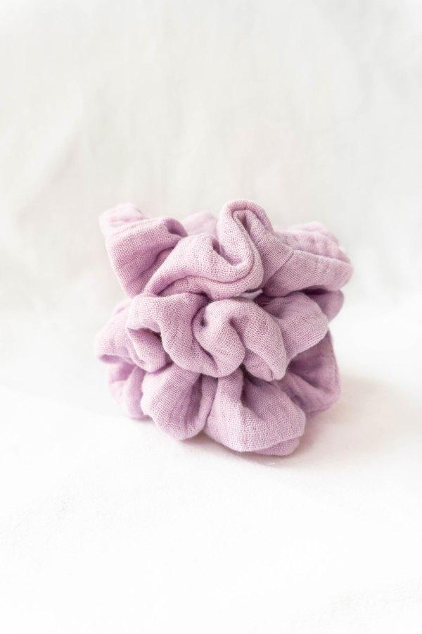 nachhaltiges-Musselin-Scrunchie-Biobaumwolle-made-in-Germany-Light-Lavender