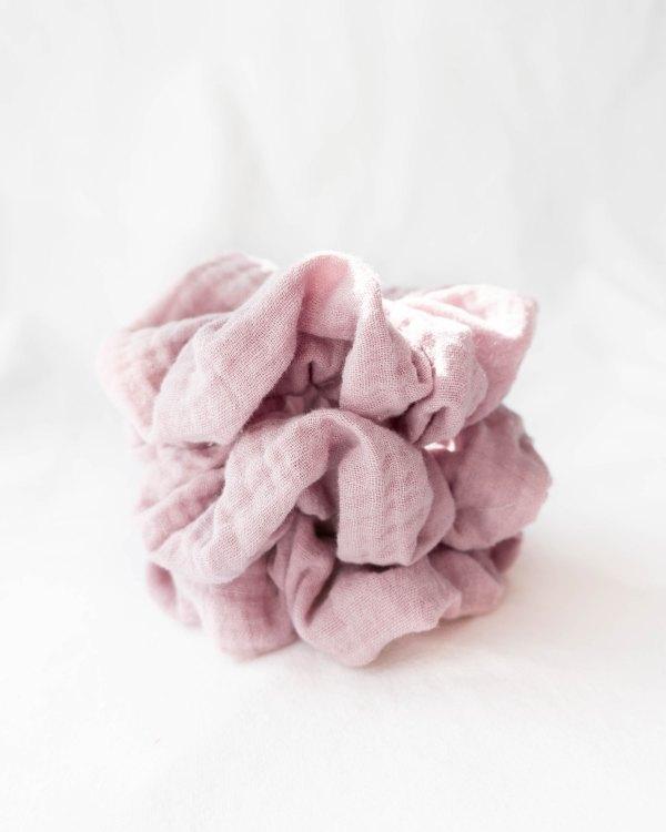 nachhaltiges Musselin-Scrunchie Biobaumwolle made in Germany Light Lavender (2)