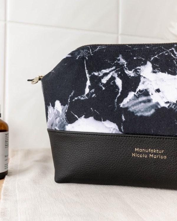 MARBLE DARK nachhaltige Kosmetiktasche L Made in Germany Handmade vegan leather