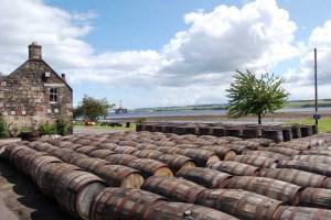 Manufakturen-Blog: die Whisky-Destille Dalmore in Alness (Foto: Reisekultouren)