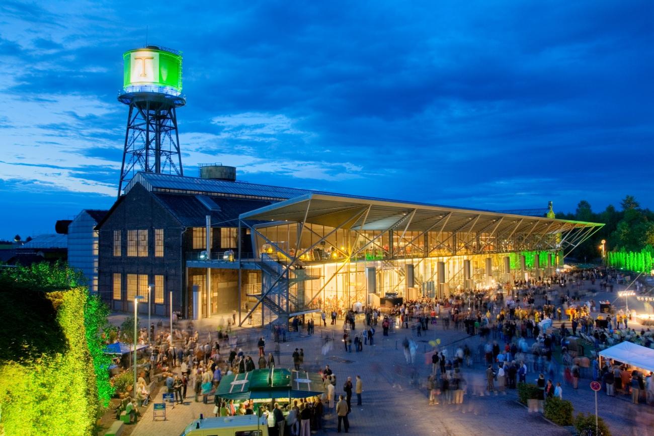 Manufakturen-Blog: Die Jahrhunderthalle steht seit 100 Jahren in Bochum - ein Schmuckstück von Veranstaltungshalle (Foto: Bochumer Veranstaltungs-GmbH)