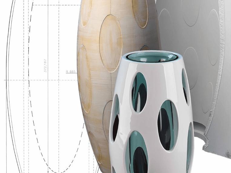 Manufakturen-Blog: Vase Oterma aus Porzellan und Glas aus der Edition Asteroide von fideler + raasch für Höchst (Foto: Höchster Porzellanmanufaktur)
