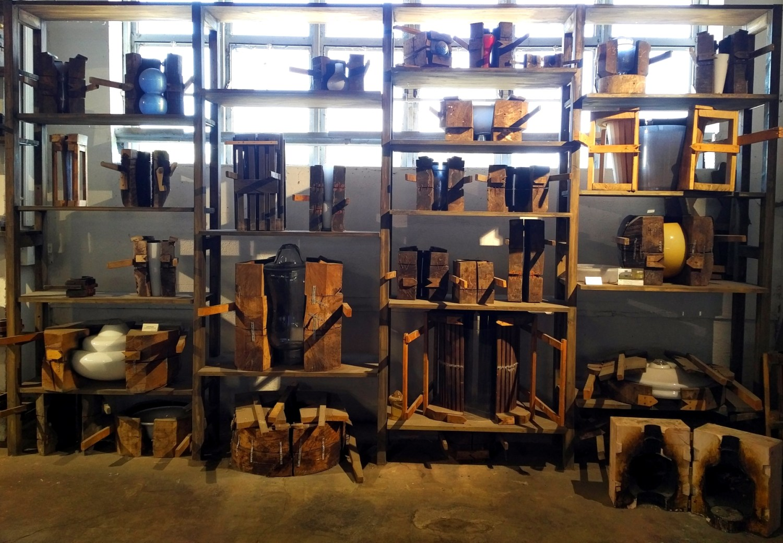 Manufakturen-Blog: Ein Regal im großen Formenlager (Foto: Wigmar Bressel)