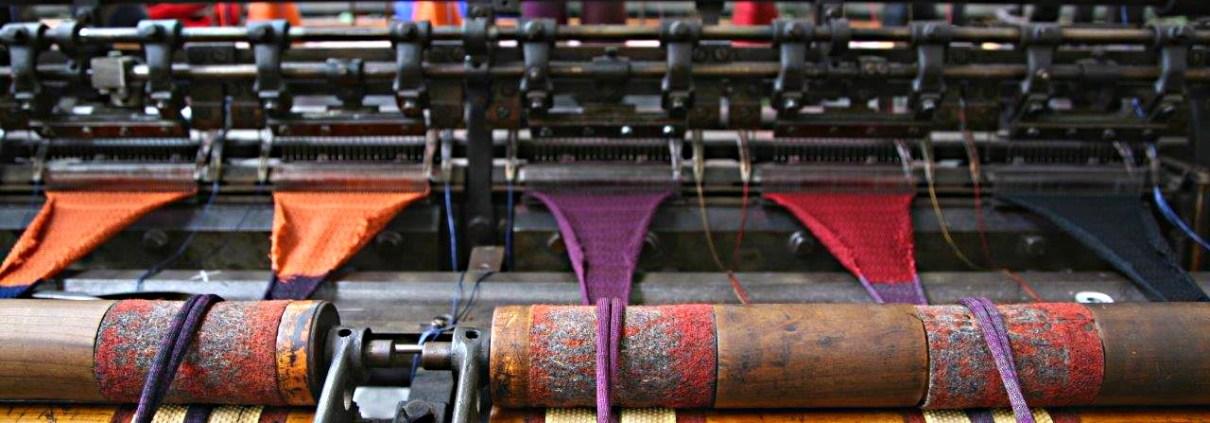 Manufakturen-Blog_Ascot_Krefeld_Krawatten_Strickstuhl_1_IMG_0773_Foto_Ascot