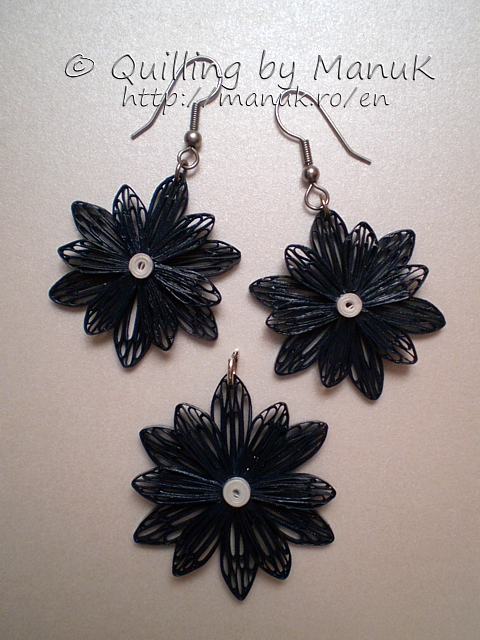 Quilled Jewelry – Flower Pendant and Earrings