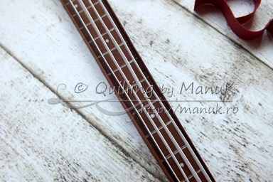 Quilled Bass Guitar - Strings Detail