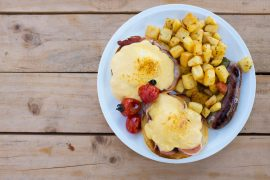 Manuka Honey, eggs bacon benedict, manuka honey recipes