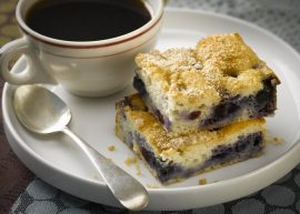 blueberry coffeecake, Manuka honey
