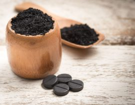 charcoal with Manuka honey for health benefits