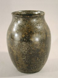 Vase, 1930s. Gift of Luman P. Kelsey, 1958.59.0 (This vase is made of wheel-thrown stoneware with mottled dark green glaze.)
