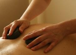 Massage aux pierres chaudes, Laval, Qc