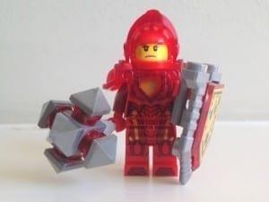LEGO Nexo Knight Macy minifigure