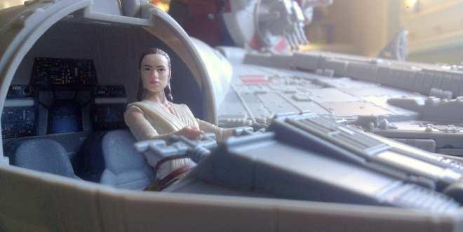 review star wars the force awakens battle action. Black Bedroom Furniture Sets. Home Design Ideas