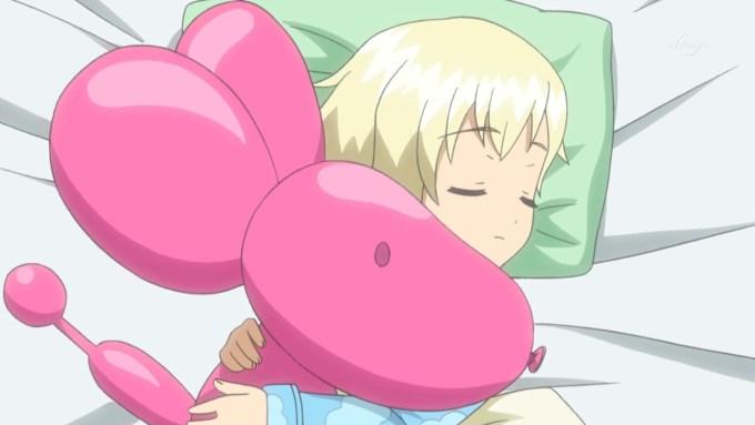 抱き枕と夢川ショウゴ