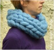 chunky-yarn-cowl