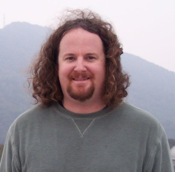 Rory Barnes is a theorist in the Virtual Planetary Laboratory primarily interested in the formation and evolution of habitable planets.