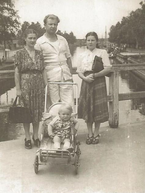 Walerian Głuszko z żoną Gertrudą (z prawej)