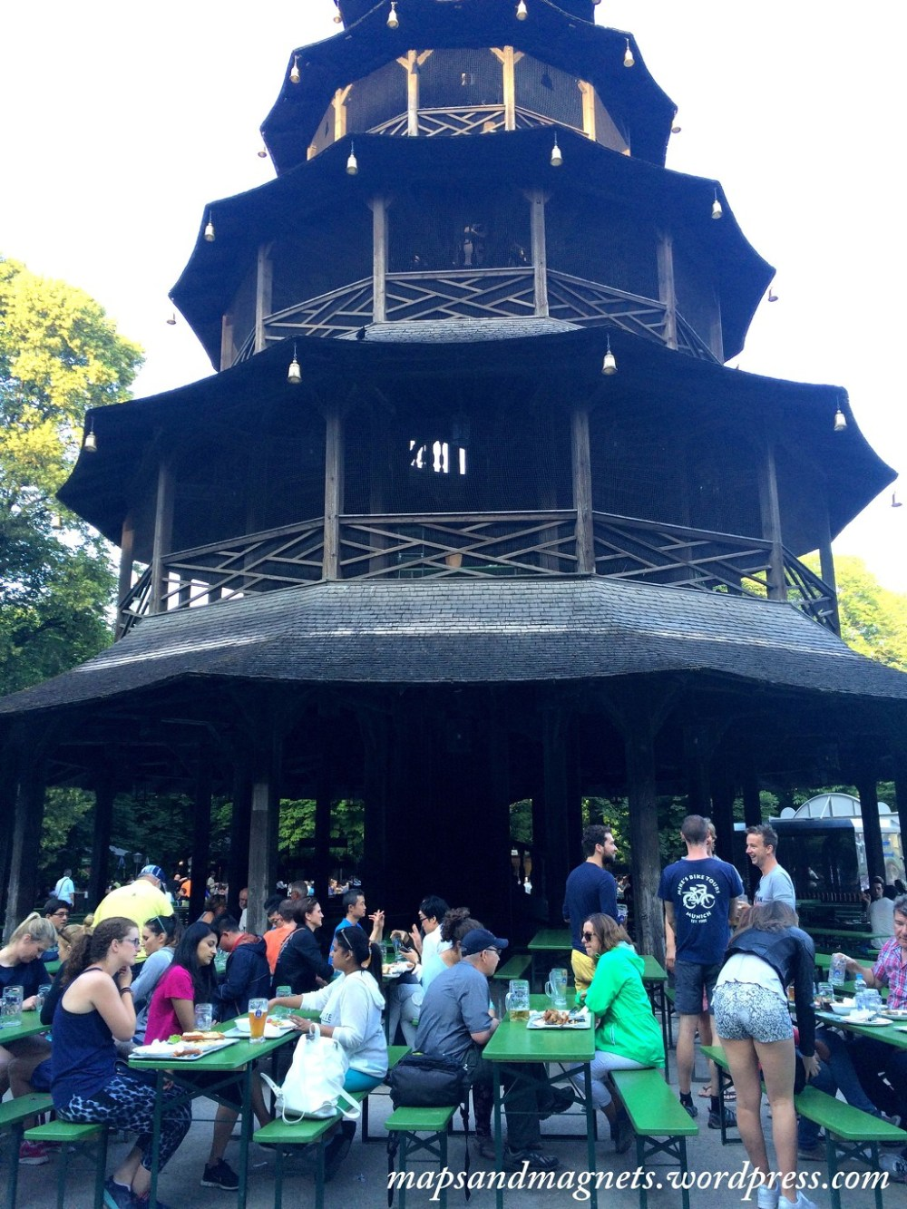 Offbeat Munich: Chinese beergarden is the second largest in the world