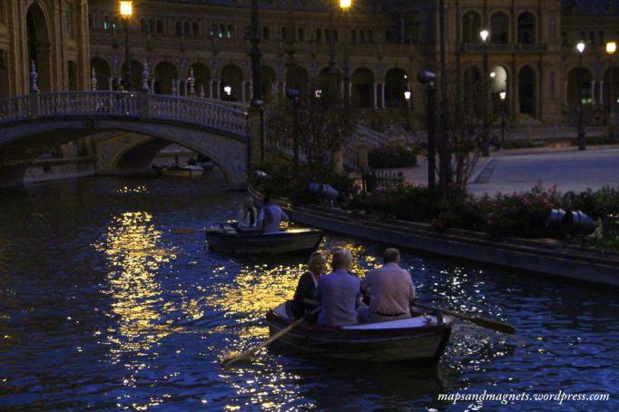 seville-night-boats-light