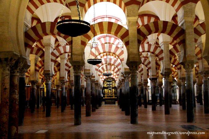mezquita-cordoba-silhouette