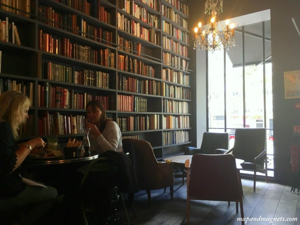 merci-used-book-cafe-paris