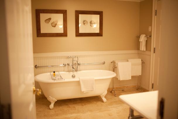 Inn at Perry Cabin Bathroom
