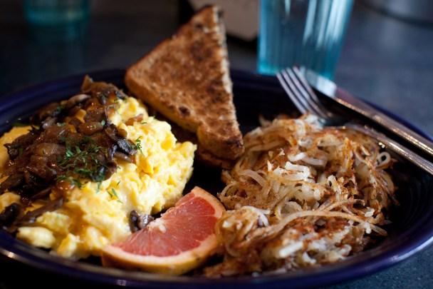 Breakfast-Scramble-at-Hot-Suppa