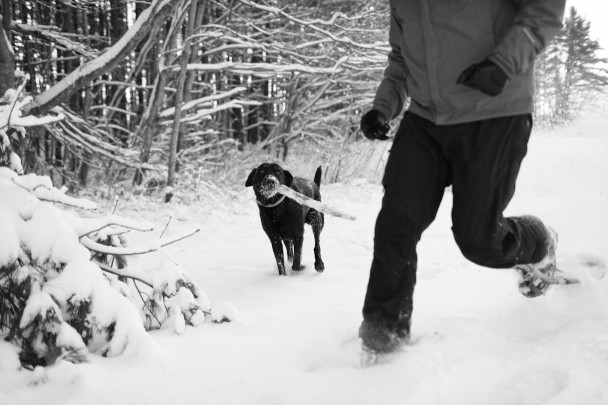 Snowshoeing-with-Orvis