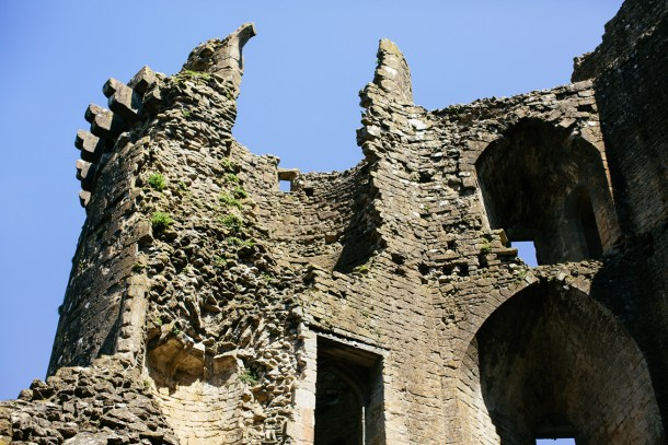 Nunney Castle on Map & Menu
