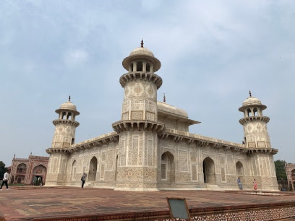 tomb of Itmad Daula